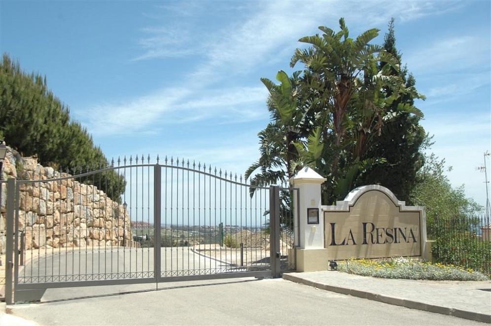 Plot for sale in Los Almendros