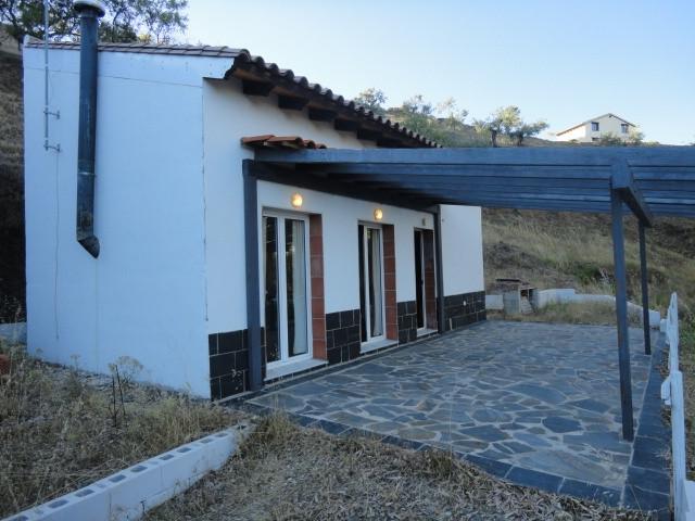 Villa for sale in Yunquera