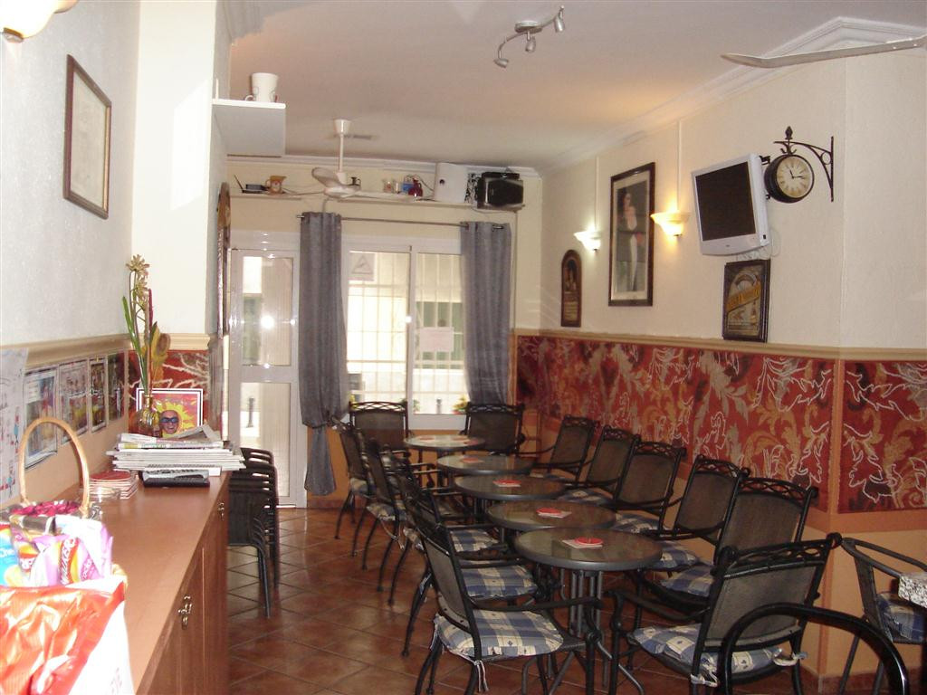 Bar for sale in Los Boliches