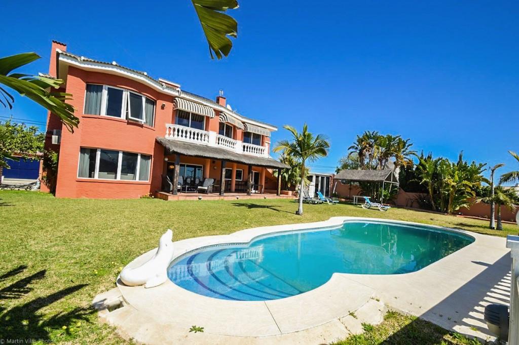 Villa for sale in Los Pacos