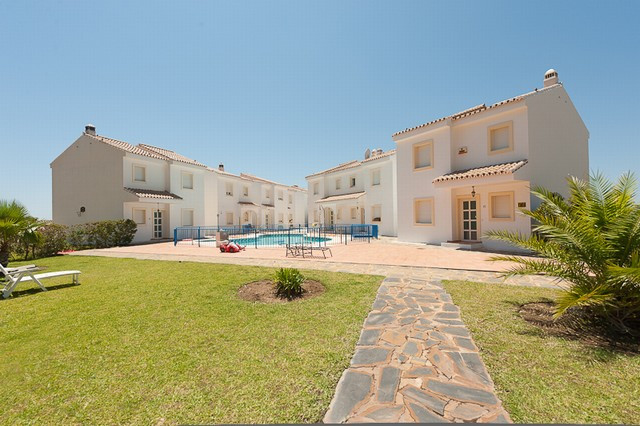 Townhouse for sale in Valtocado