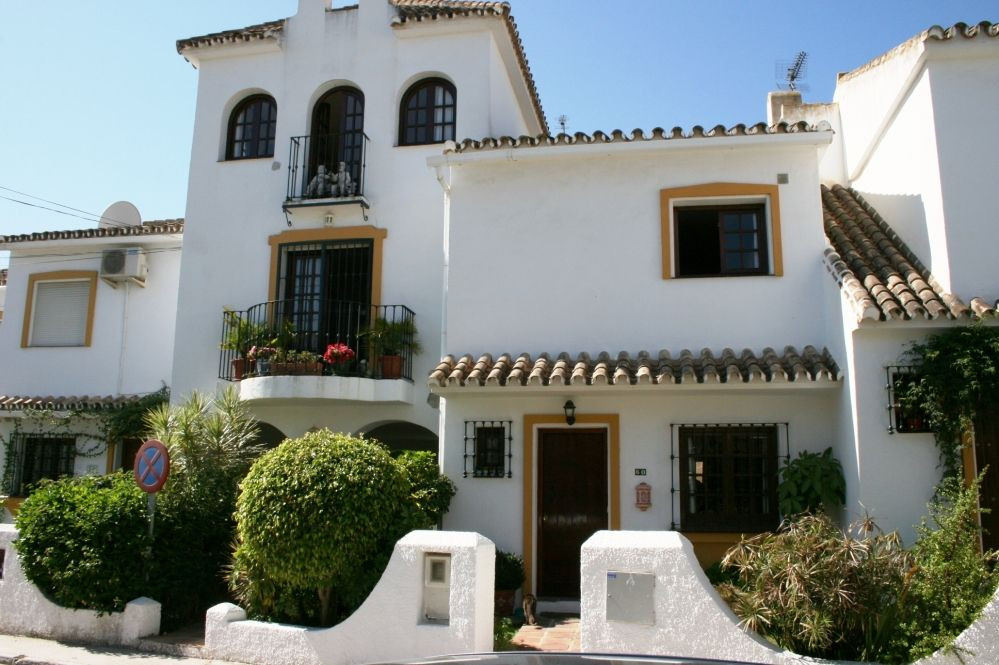 Townhouse for sale in La Campana