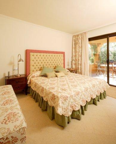 Apartment for sale in Guadalmina Baja