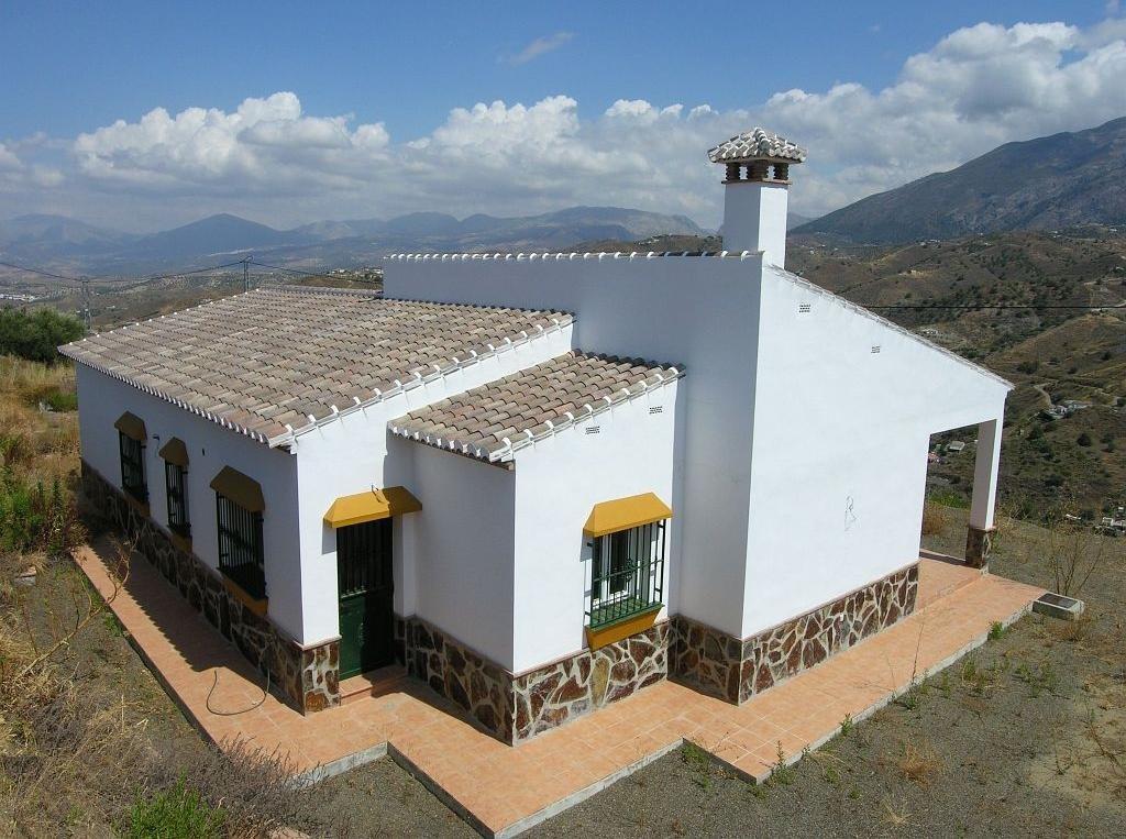 Villa for sale in Canillas De Aceituno