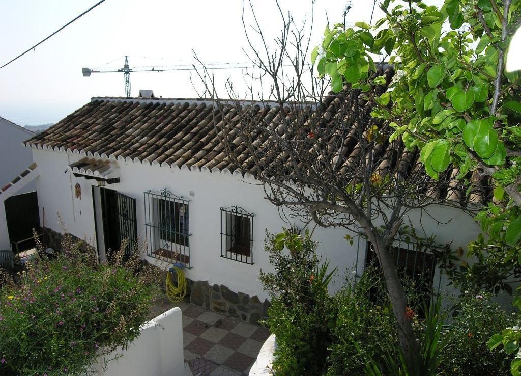 Villa for sale in Chilches