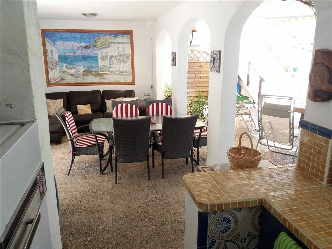 Villa for sale in Alora