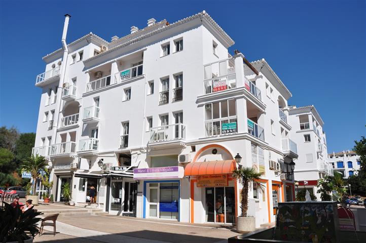 Apartment for sale in La Duquesa