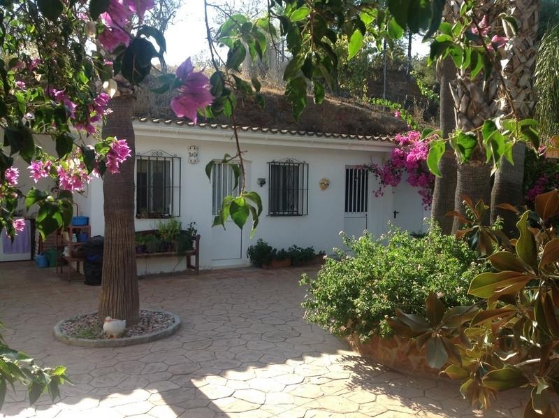 Villa 3 Dormitorios en Venta Guaro