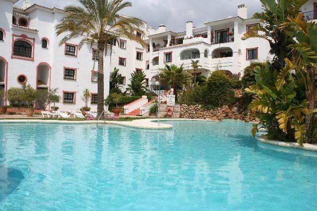 Beautiful ground floor apartment situated in La Reserva de Marbella just a 15 minutes stroll to the ,Spain