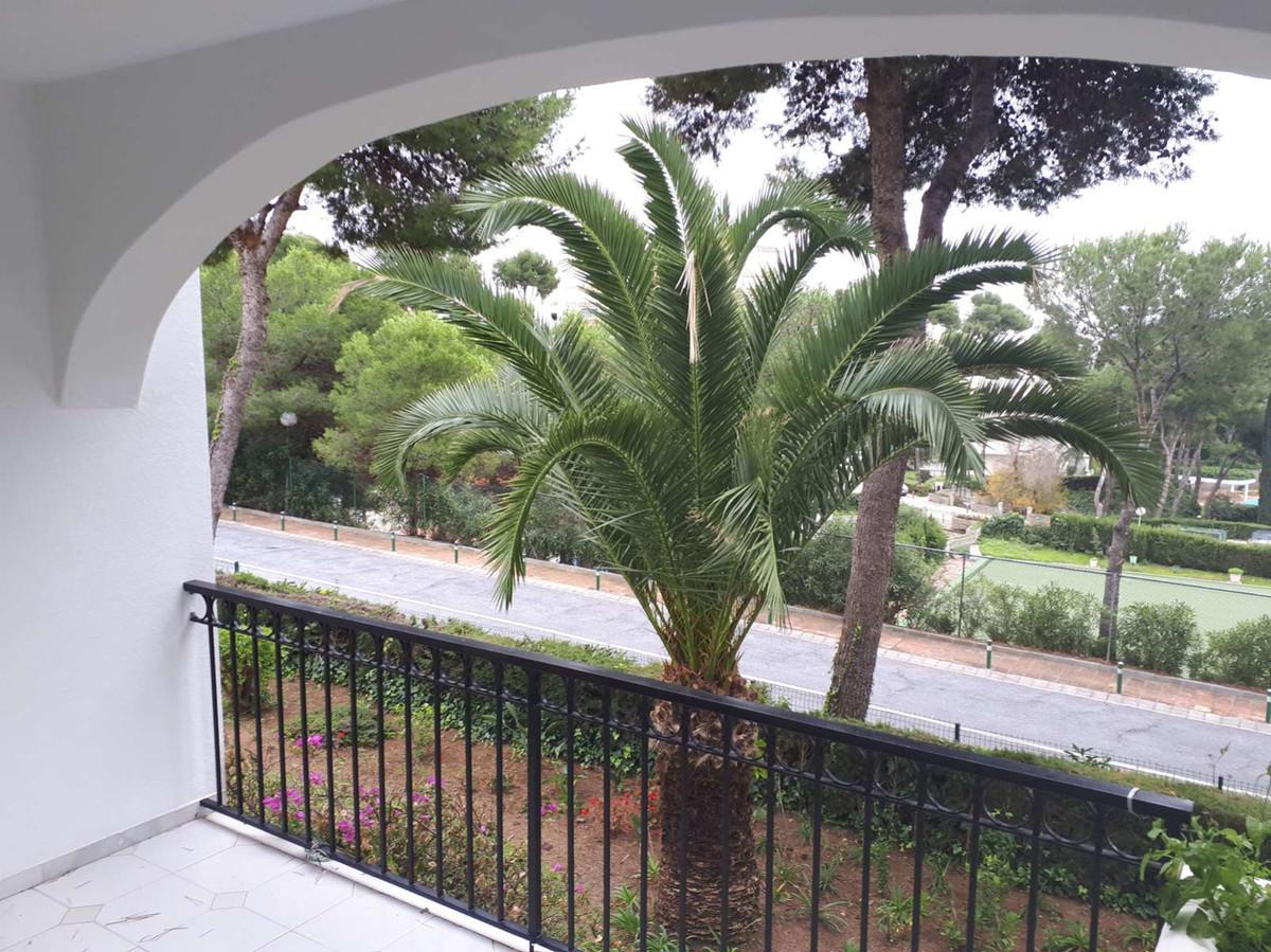 Apartamento Planta Media en Miraflores, Costa del Sol