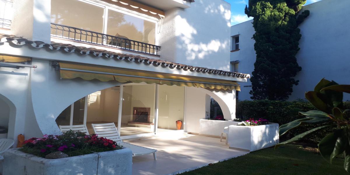 3 dormitorio villa en venta miraflores