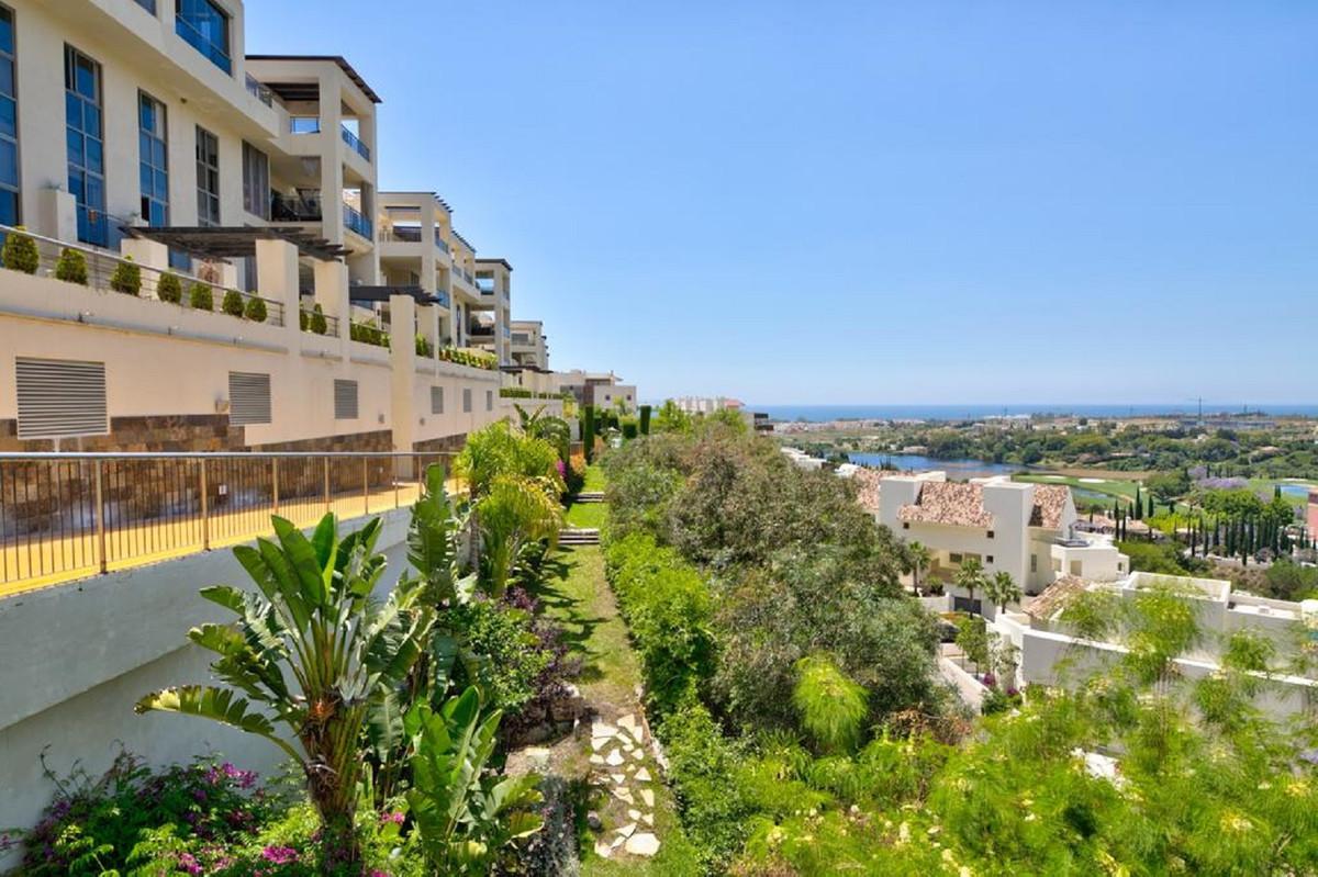 Marbella Banus Apartamento Planta Media en Venta en Los Flamingos – R3575707