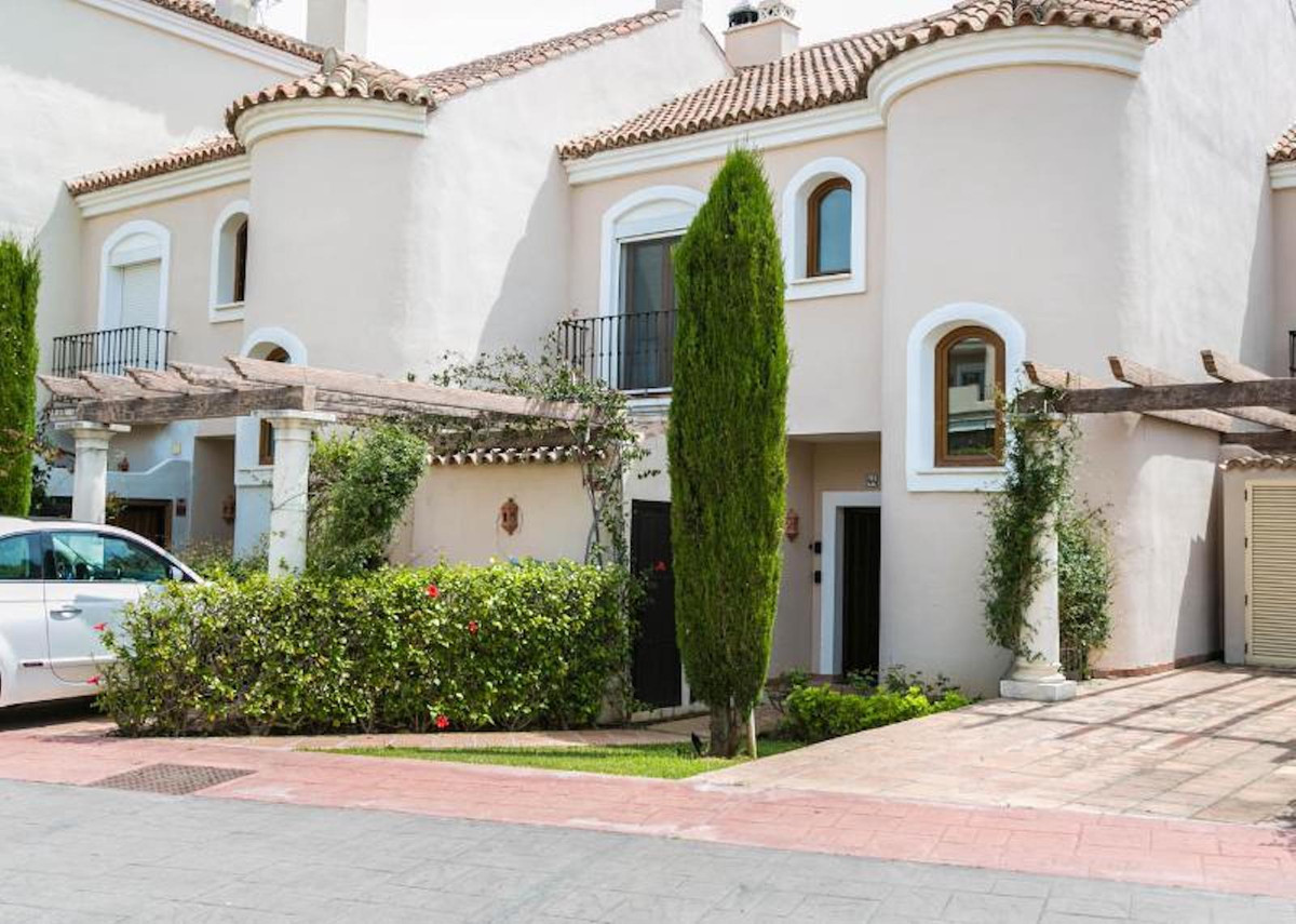 Beautiful Family Townhouse ideal for families. Entrance hall which leads to a good size living &,Spain