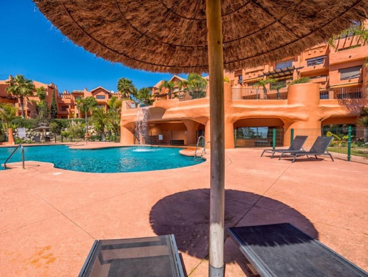 Apartamento en Venta en New Golden Mile – R3533485