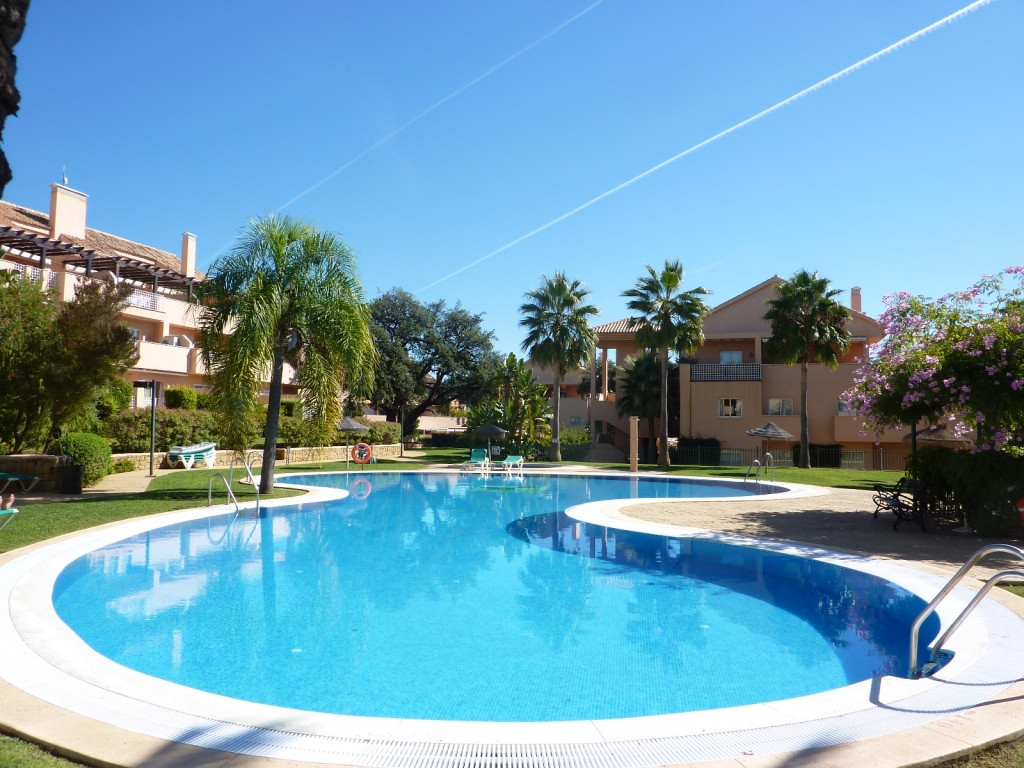 A fantastic opportunity to purchase an excellent corner, elevated ground floor 3 bedroom 2 bathroom ,Spain