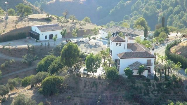 Finca – Cortijo en venta en Málaga – R2515460