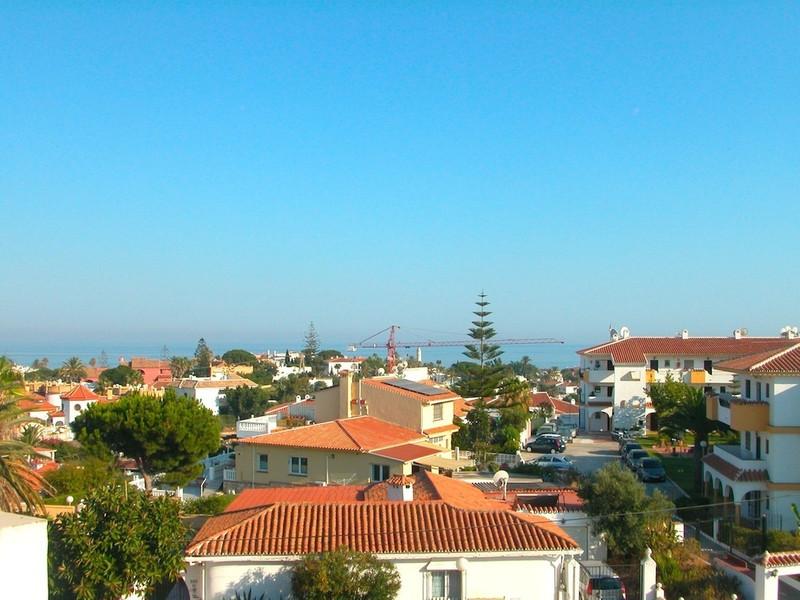 Top Floor Apartment in El Faro for sale