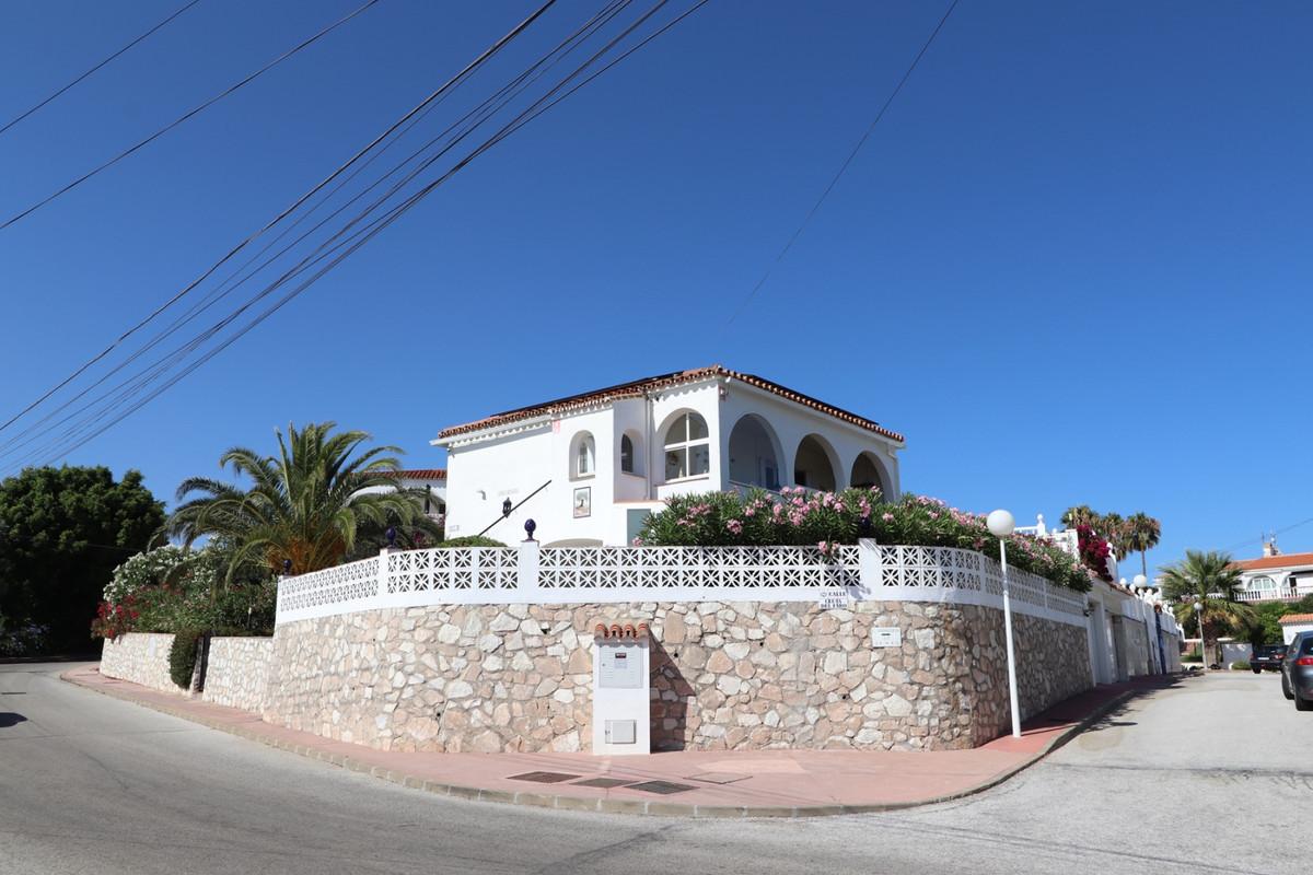 Detached Villa, El Faro, Costa del Sol. 3 Bedrooms, 2 Bathrooms, Built 116 m², Terrace 65 m², Garden,Spain