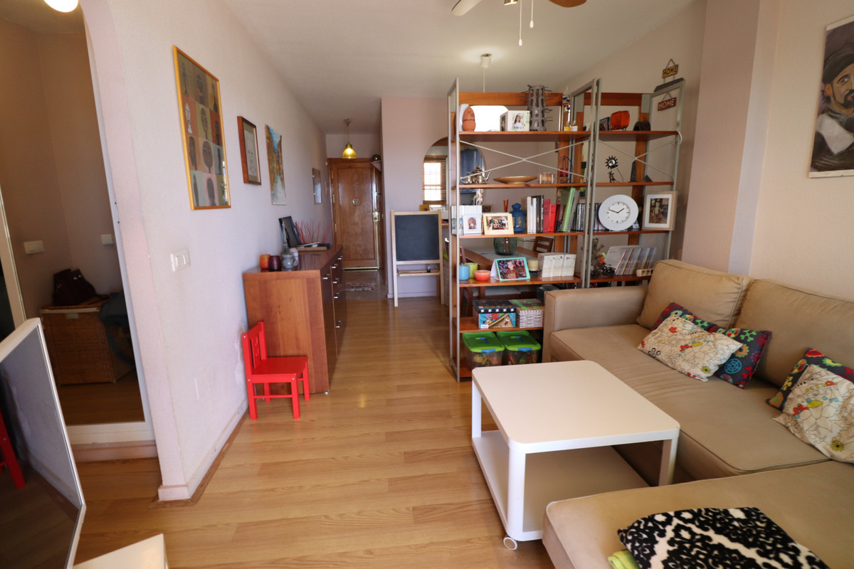 Middle Floor Apartment, El Faro, Costa del Sol. 1 Bedroom, 1 Bathroom, Built 58 m².  Setting : Close, Spain