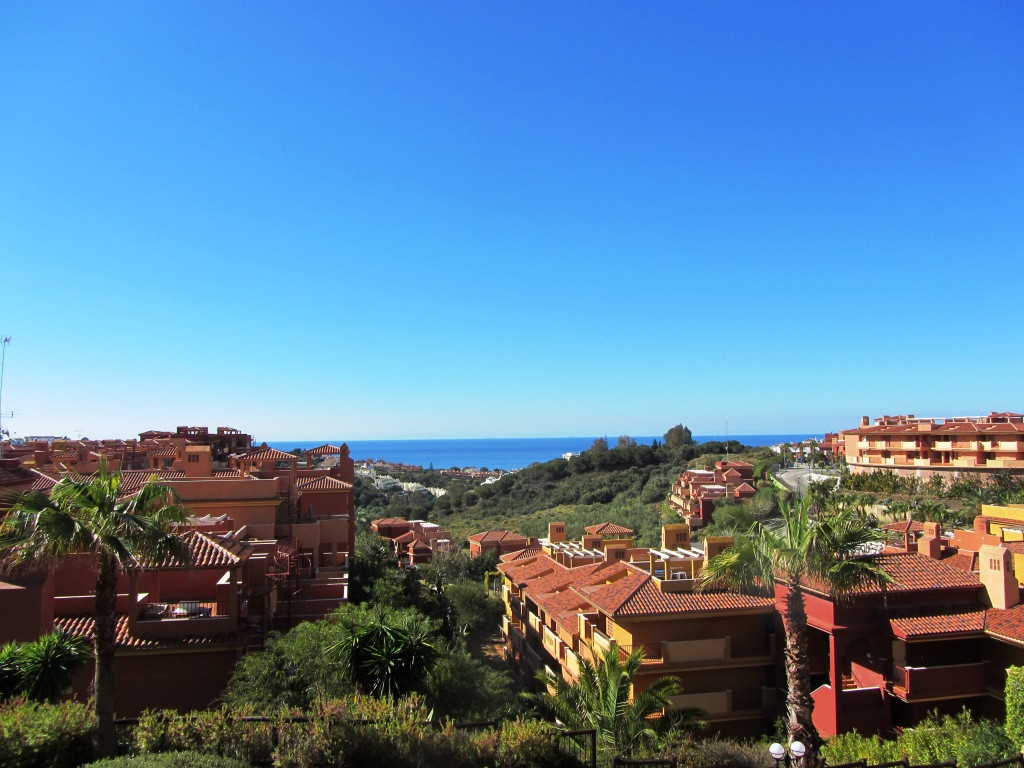 Middle Floor Apartment in Reserva de Marbella