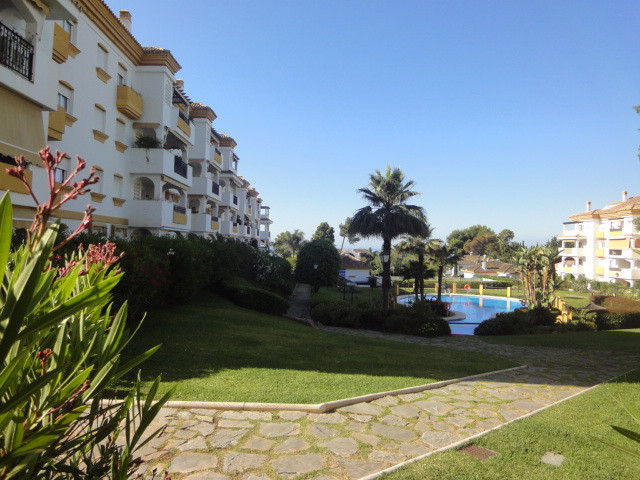 Ground Floor Apartment in Nagueles