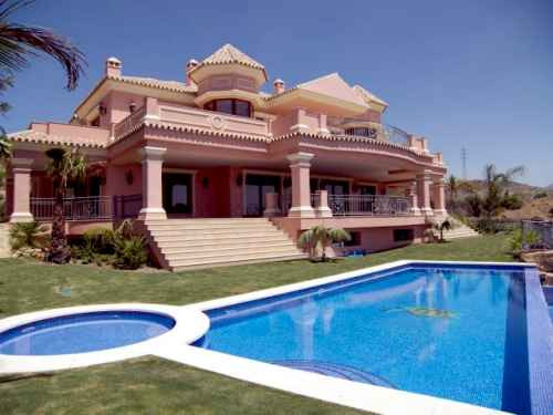 Detached Villa in Benahavis