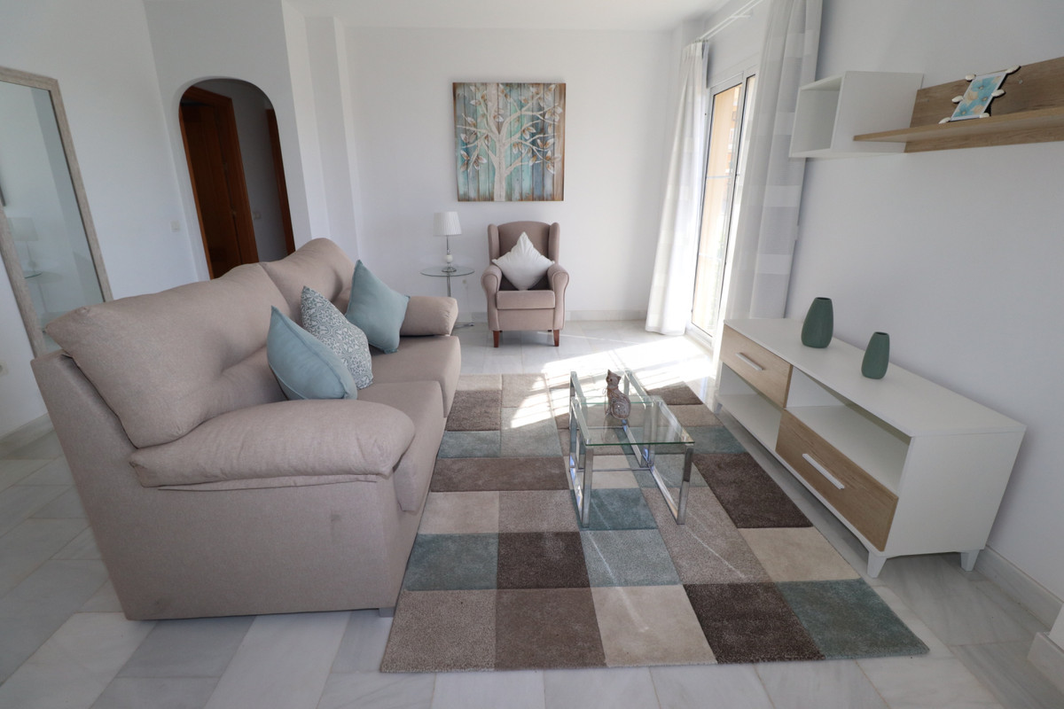 R2352959: Apartment for sale in El Faro