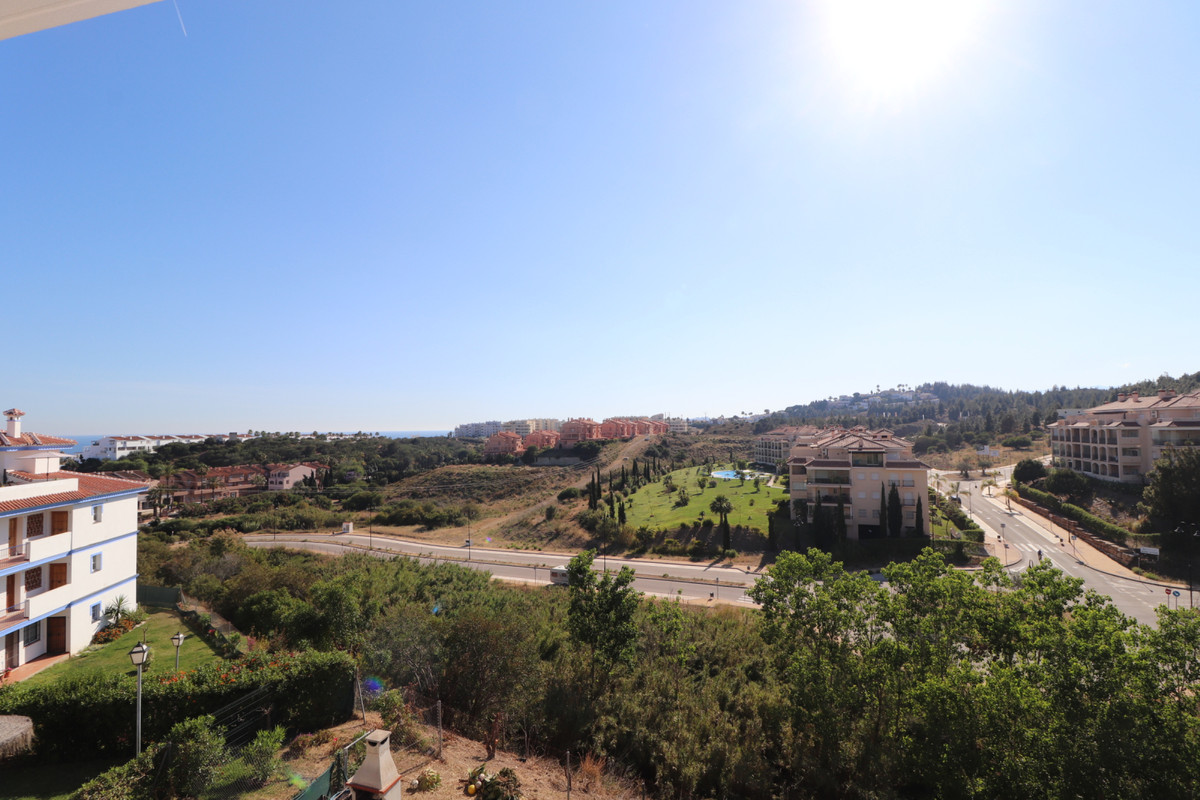 Middle Floor Apartment in El Faro