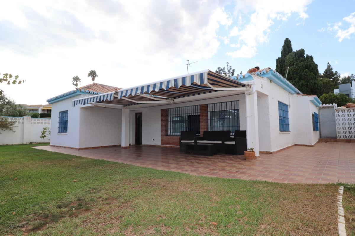 Detached Villa in El Chaparral