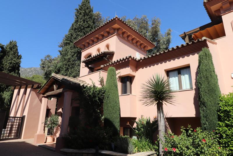 Se vende Adosada, Sierra Blanca – R3395422