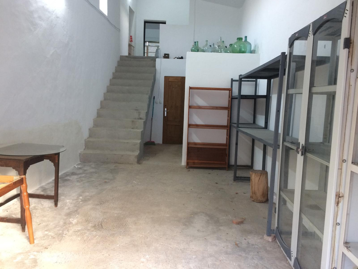 House in Alora R3597497 27