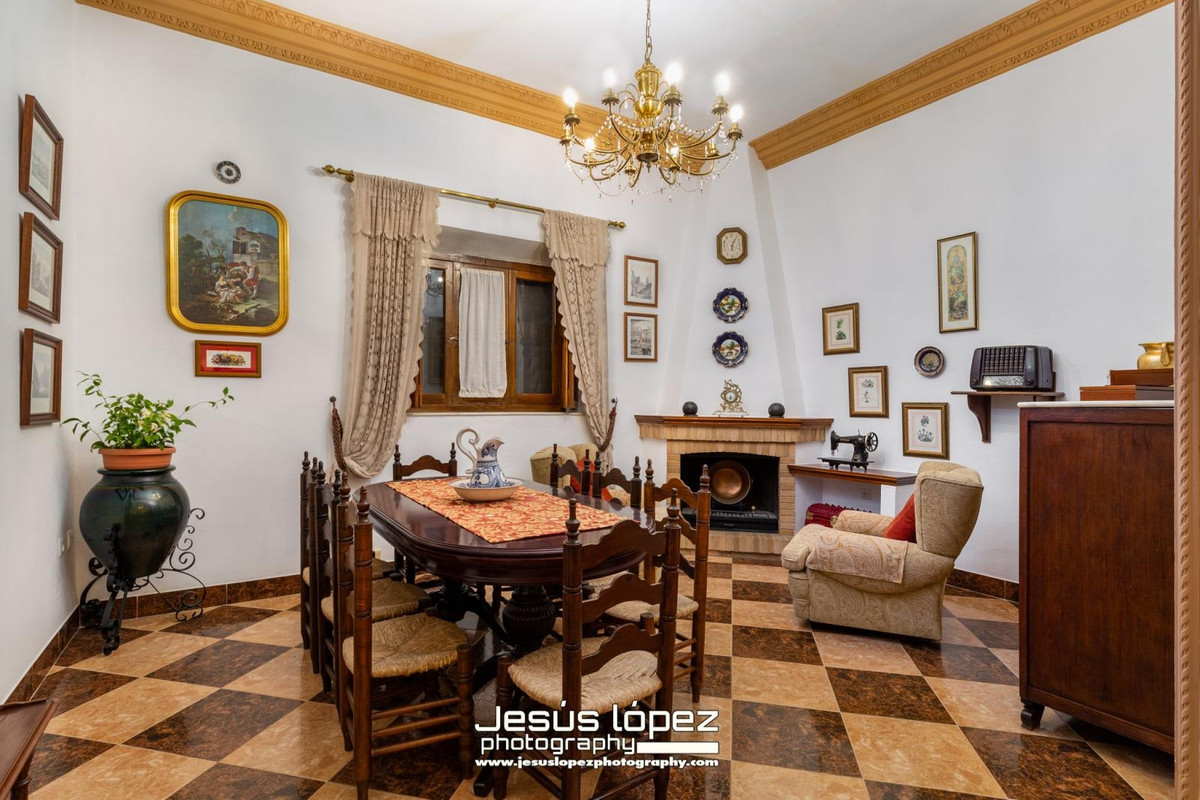 House in Alora R3597497 4