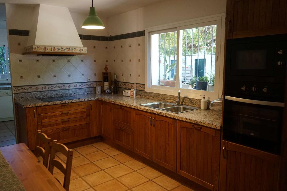 House in Alhaurín de la Torre R3857419 10