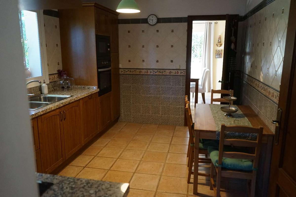 House in Alhaurín de la Torre R3857419 12