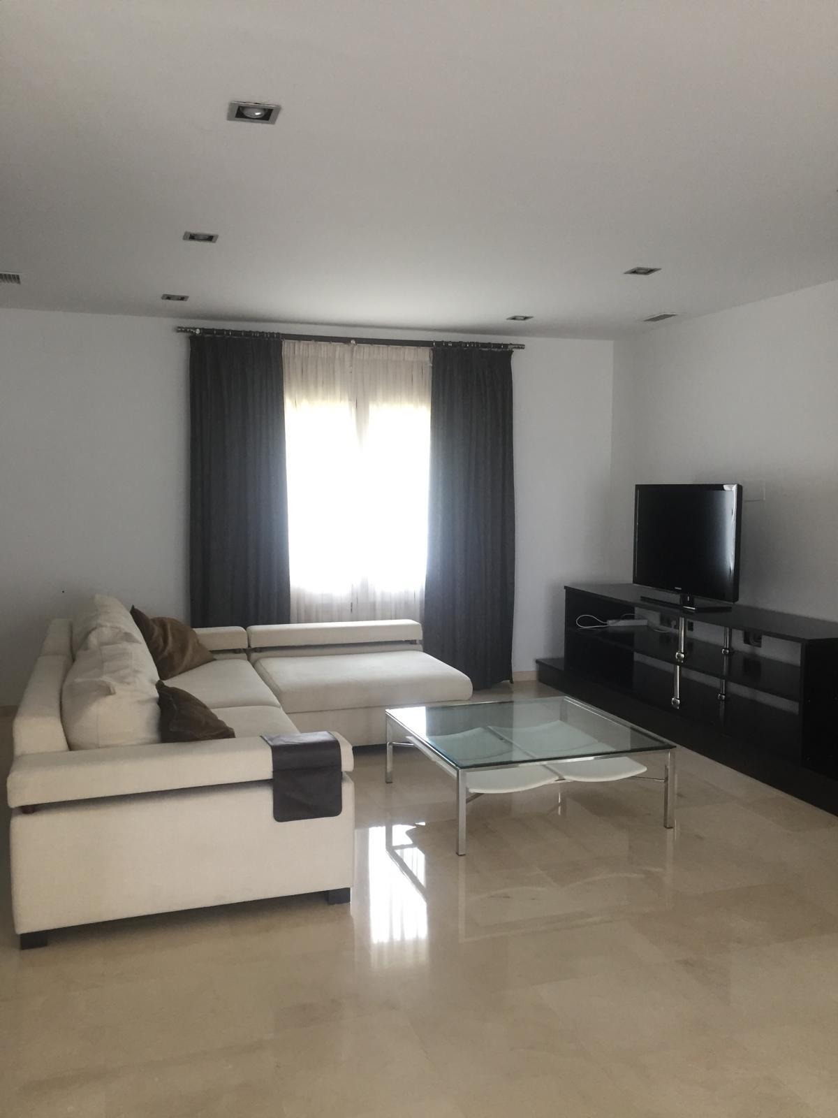 House in Alhaurín de la Torre R3572842 9