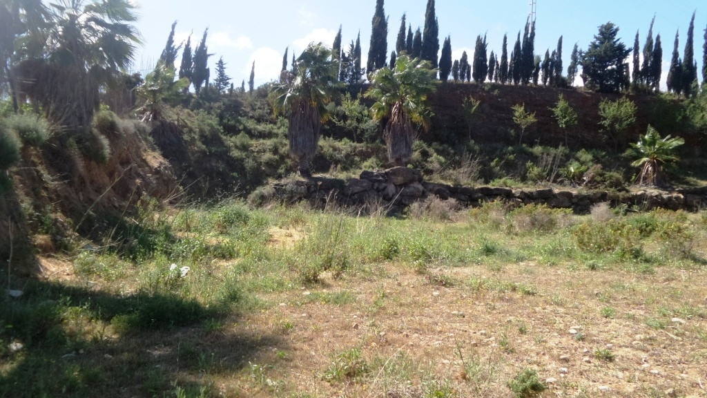 For sale a 14.500m2  Finca with spectacular views to the sea, Malaga and Sierra Nevada.  In the plot,Spain