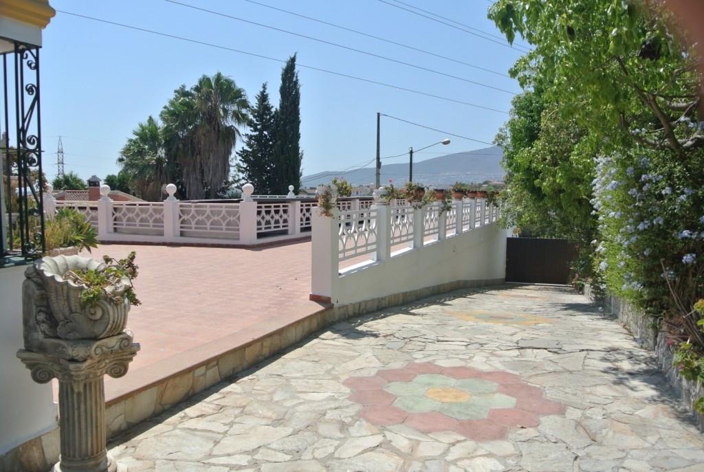 House en Alhaurín de la Torre R3471856 46