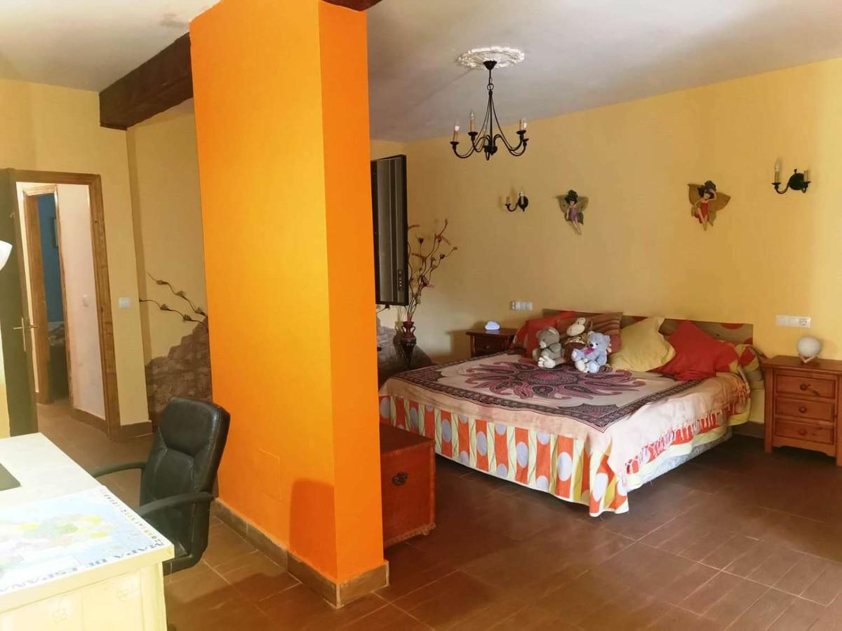 House in Alhaurín de la Torre R3859363 10