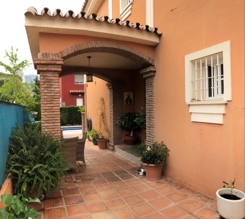 House in Alhaurín de la Torre R3259693 3