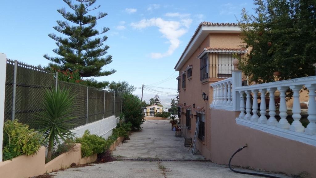 House in Alhaurín de la Torre R3048130 28