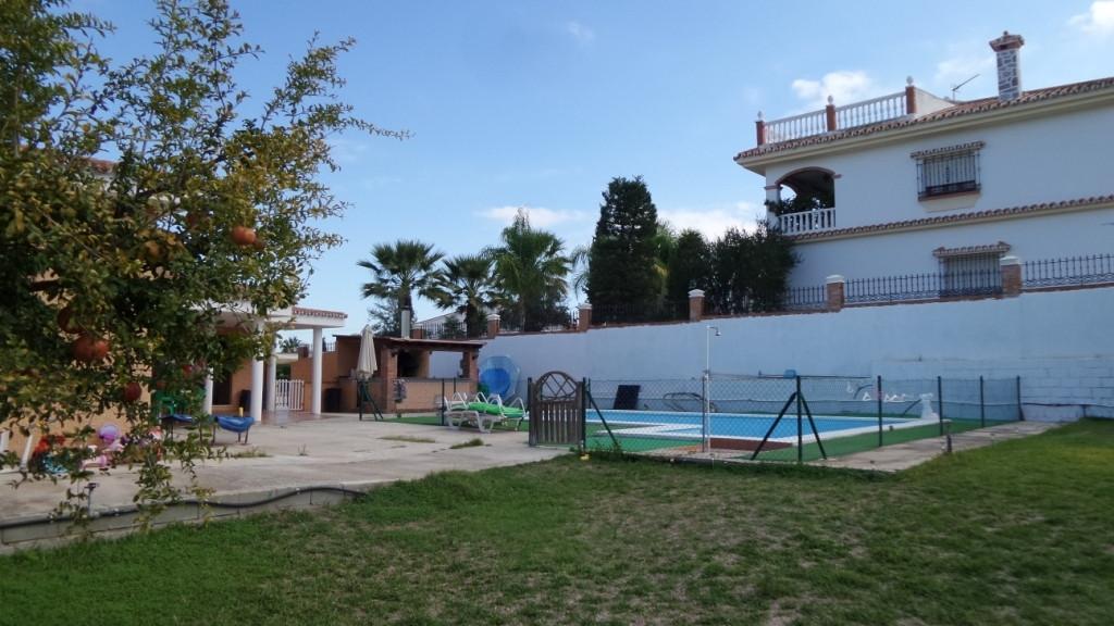 House in Alhaurín de la Torre R3048130 3
