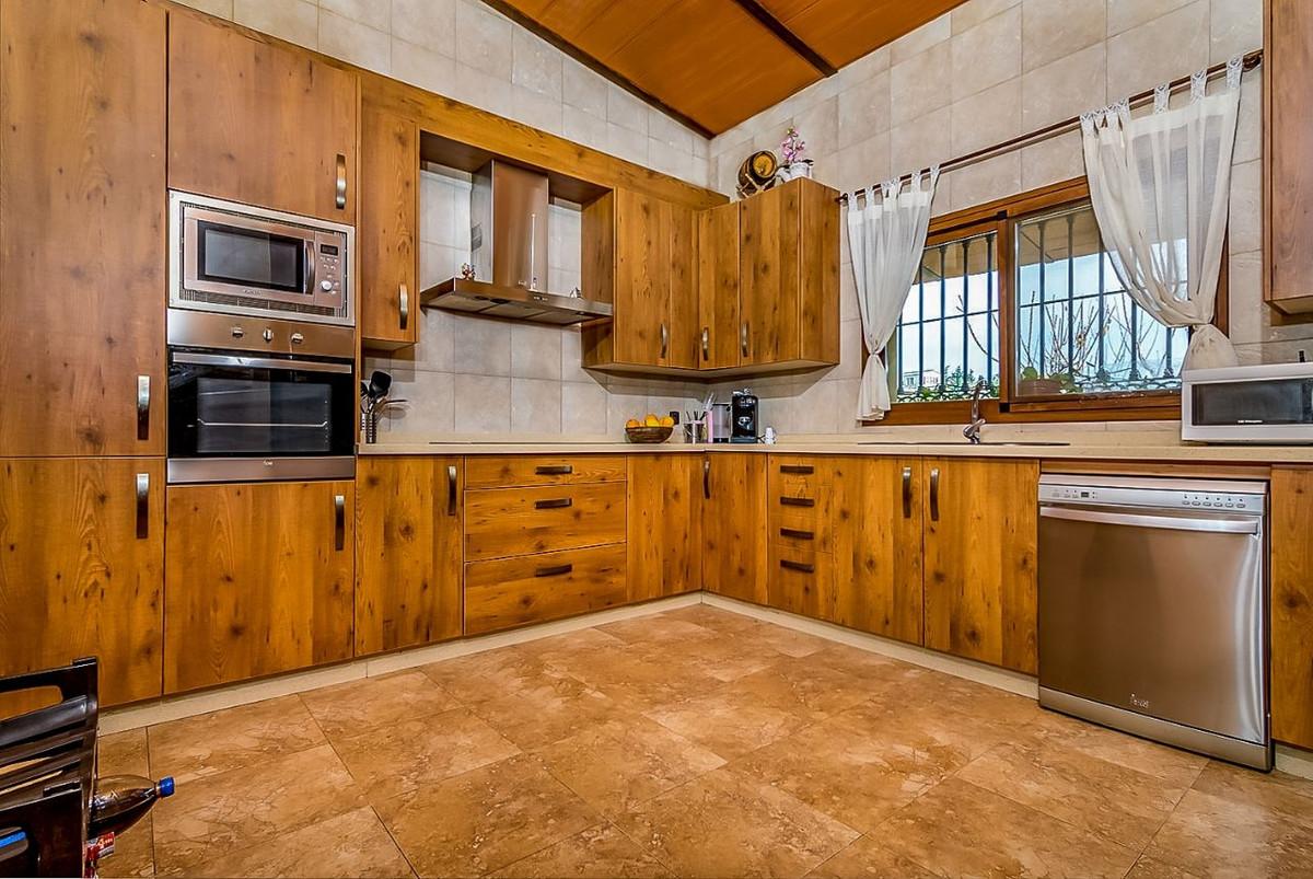 House in Alhaurín de la Torre R3553594 6