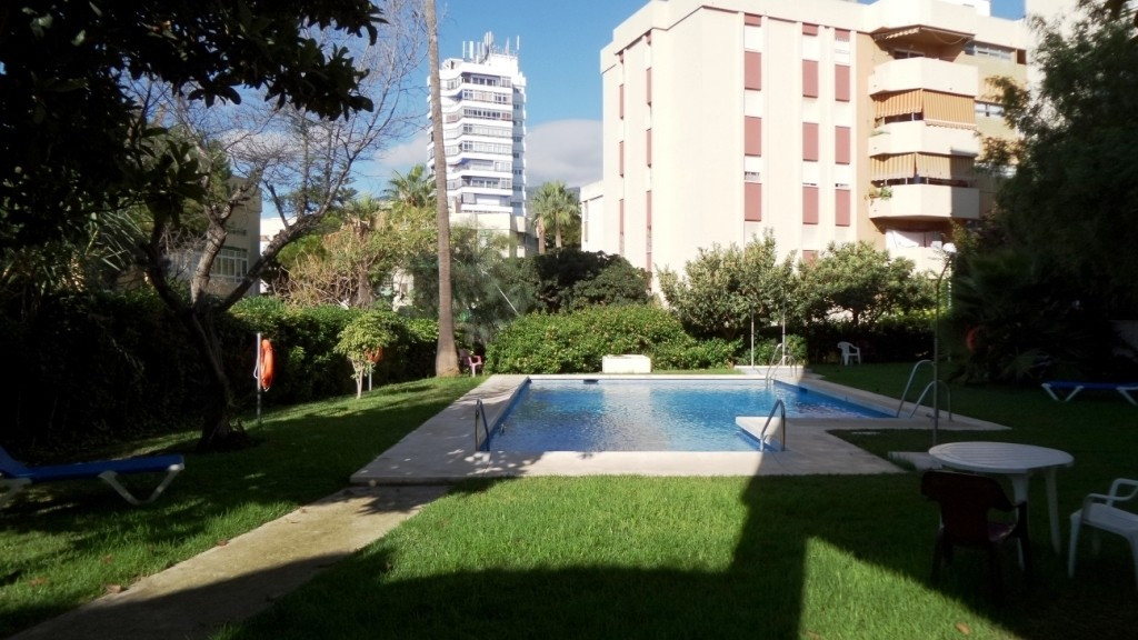 SPECTACULAR APARTMENT IN THE CENTER, EXCELLENT LOCATION !! Located in the center of Arroyo de la mie, Spain