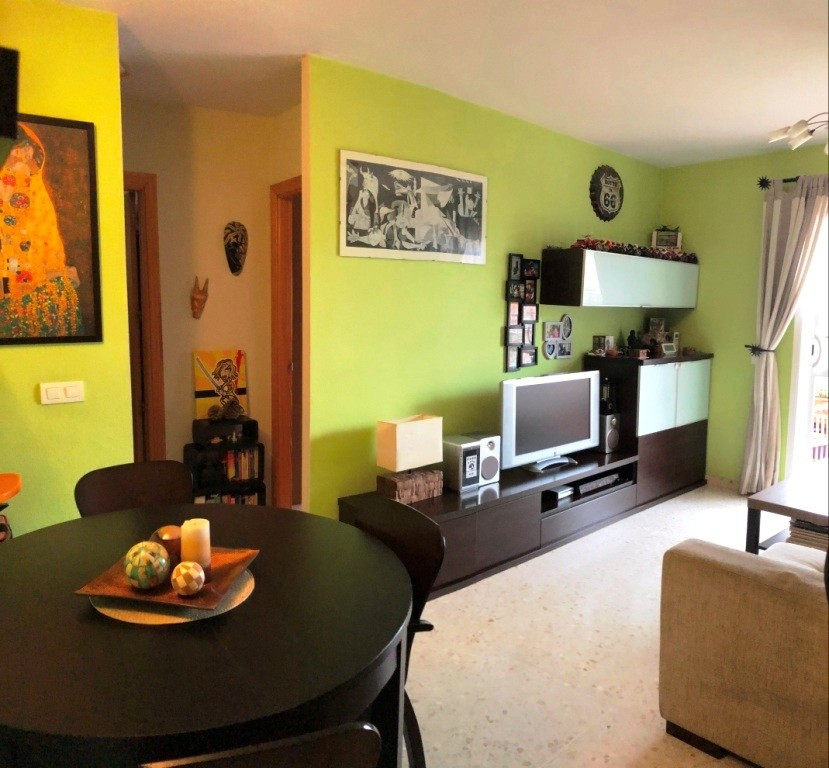 Apartment in Alhaurín de la Torre R3295948 1