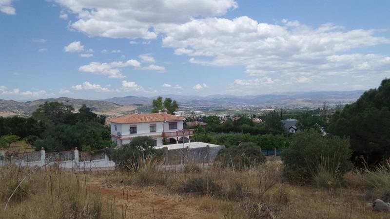 Terreno Urbano en venta en Alhaurín de la Torre – R3202210