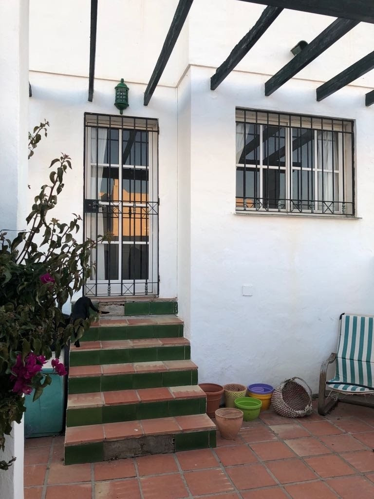 Townhouse  in Alhaurin de la Torre located in a privileged environment. Townhouse located close to  , Spain