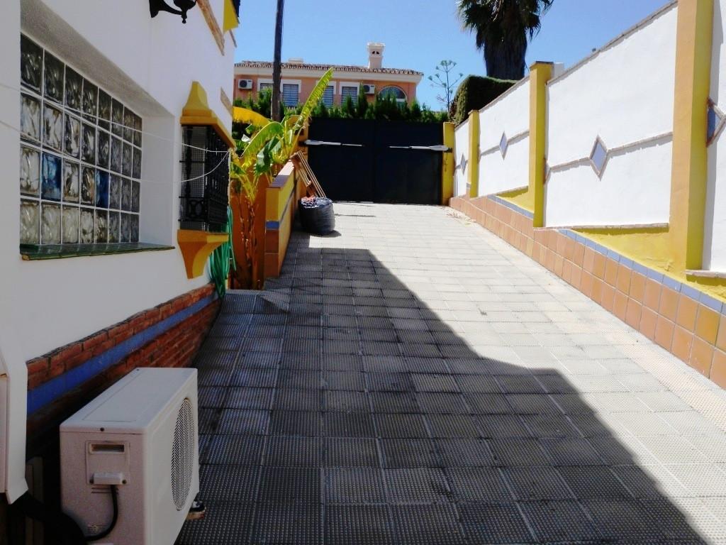 House in Alhaurín de la Torre R3119893 33