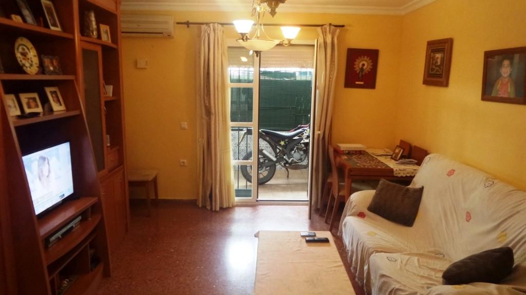Middle Floor Apartment for sale in Alhaurín de la Torre
