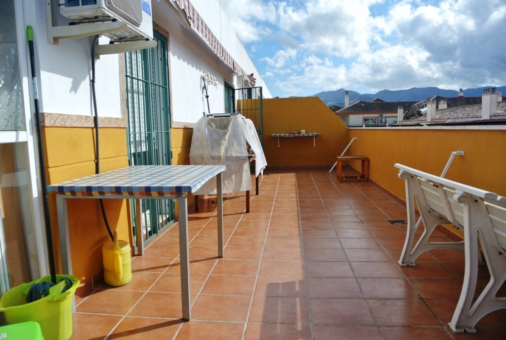Apartment in Alhaurín de la Torre R3413923 2