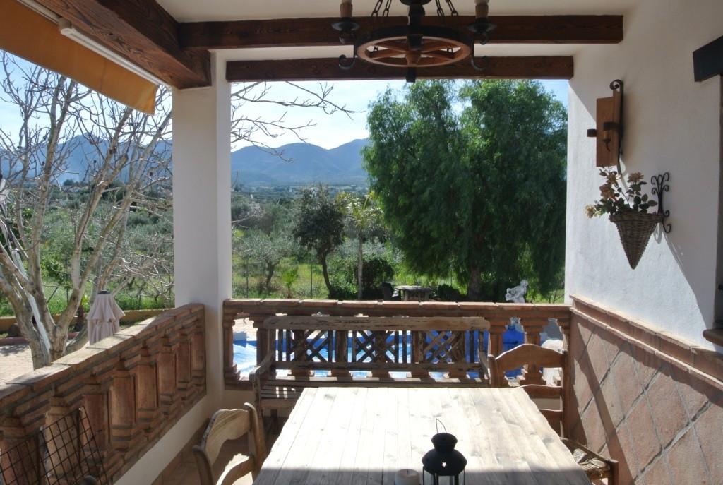 House in Alhaurín de la Torre R3349705 3